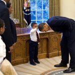 Fotos de Obama com criança na Casa Branca