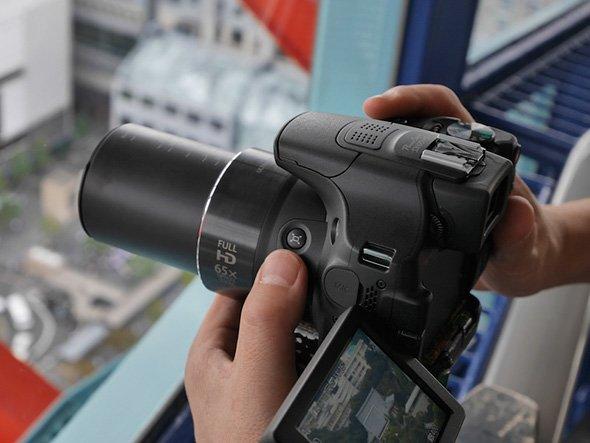 Câmera fotográfica Superzoom não é DSLR!
